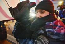 В Москве у здания Центробанка валютные заемщики перекрыли улицу  .