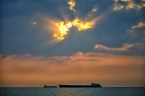 Корабли на закате