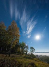 Лунная ночь над долиной Оки