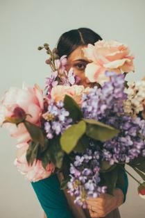 Гала в цветах
