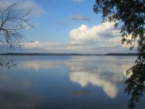 Тонкая грань между водой и небом