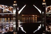 Ночь разводных мостов в Санкт-Петербурге