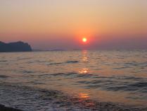 Рассвет на Черном море в Крыму