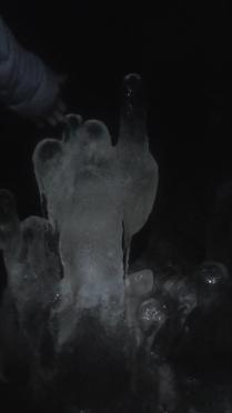 сталагмит в форме АНГЕЛА в горе Тип-Тяв