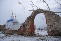 Ворота монастыря.