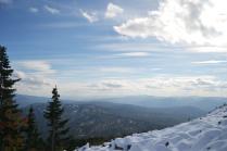 Первый снег в горах