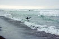 Серфер на Тихом Океане