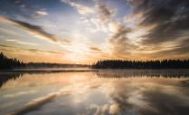 Восход на Варацком Озере.
