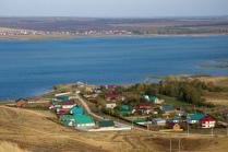 Деревня у воды