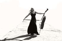 дуэт для виолончели с хозяйкой
