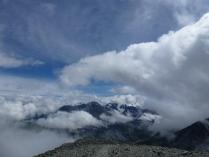 В облаках-над миром