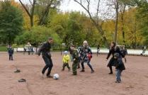 В футбол играют все!