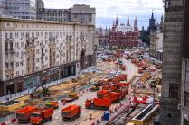 Продолжаются работы по благоустройству Тверской улицы