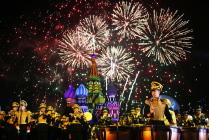 """Открытие военно-музыкального фестиваля """"Спасская башня"""" в Москве"""