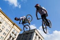 Летающие велосипедисты