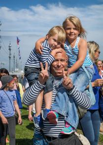 Внуки моряка