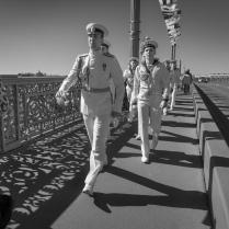 Тени Благовещенского моста