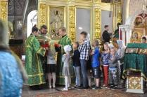 Причастие в храме Димитриевского монастыря
