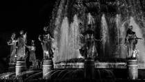 Статуи фонтанов в годовщину ВДНХ