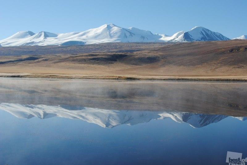 Зеркальное озеро. Укок.