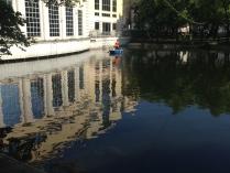 Утро на Чистых прудах