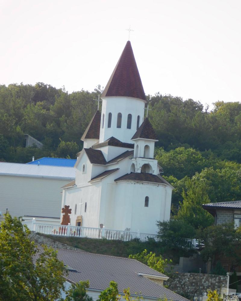 Церквушка на склоне