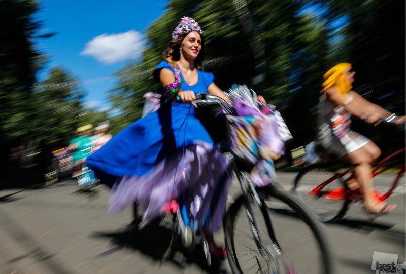 """Ежегодный женский велопарад """"Леди на велосипеде"""" в парке """"Сокольники"""""""