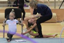 Юные гимнастки