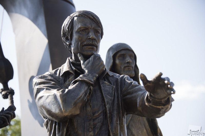 Монумент Андрею Тарковскому
