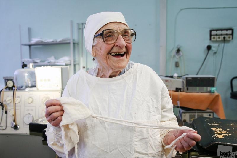 Старейший действующий хирург России Алла Левушкина