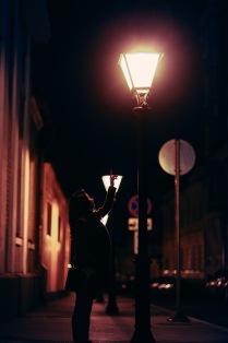 Ночь. Улица. Фонарь. Идея.