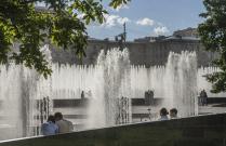 Летом у фонтанов