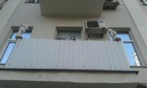 Амуры на балконе