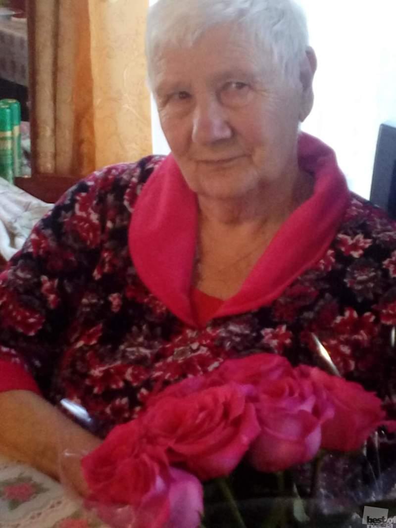 тете Тае 80 лет