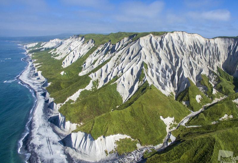 Белые скалы.