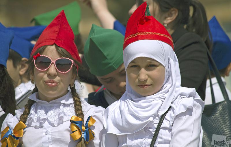 Пионерки Дагестана