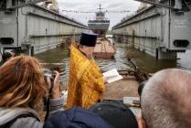 """Торжественный спуск на воду корвета """"Гремящий""""."""