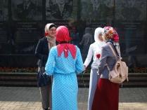 У  мемориала