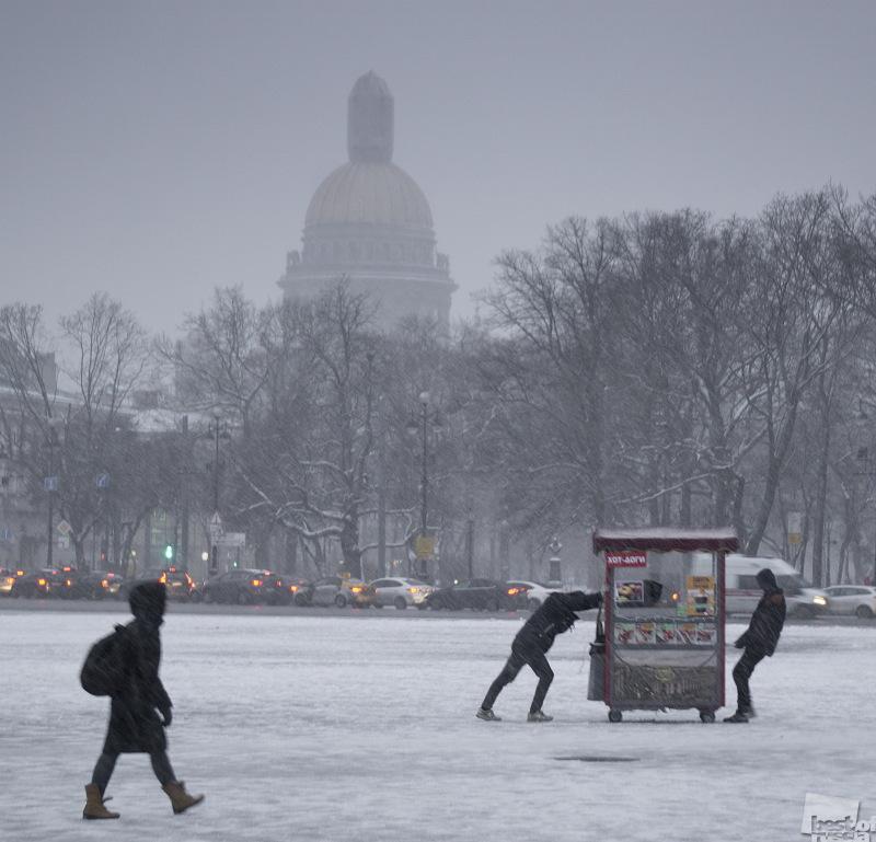 Утро в Санкт-Петербурге
