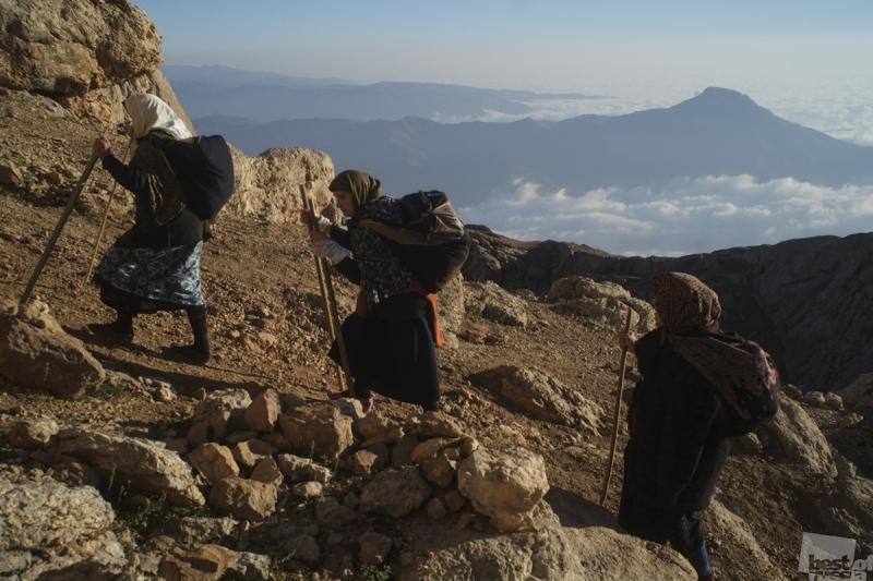 Паломники на горе Шалбуздаг