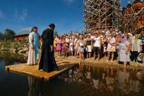 Массовое крещение в р.Пежма