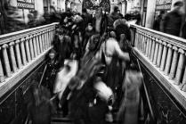 московское  метро -  это суета