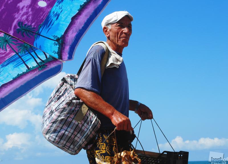 """Торговец рыбой  """"на море"""""""