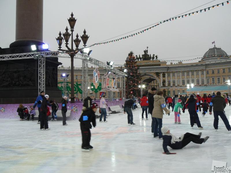 Каток на Дворцовой площади