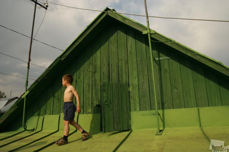 Мальчик на крыше