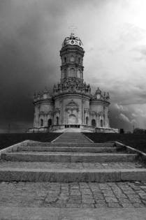 Храм Знамения Пресвятой Богородицы в Дубровицах.