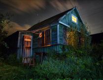Дом в ночи...