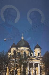 Отражение Спасо - Преображенского собора