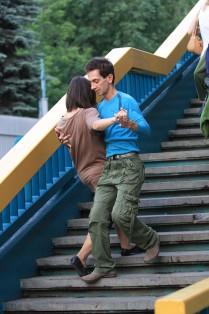 Танец на мосту