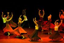 Цвет танца - оранжевый